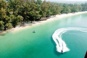 Kampong Som (Sihanoukville) nằm ở Vịnh Thái Lan, có cảnh đeph hấp dẫn