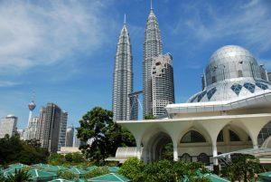 Tòa tháp đôi nổi tiếng ở Kuala Lumpur