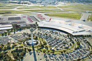 sân bay quốc tế Brunei-Lapangan Terbang Antarabangsa Brunei là sân bay đầu tiên của cảu quốc gia hồi giáo này